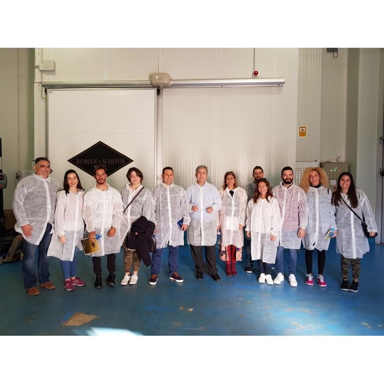 Alumnado de la UMA visita las instalaciones de Román y Martos
